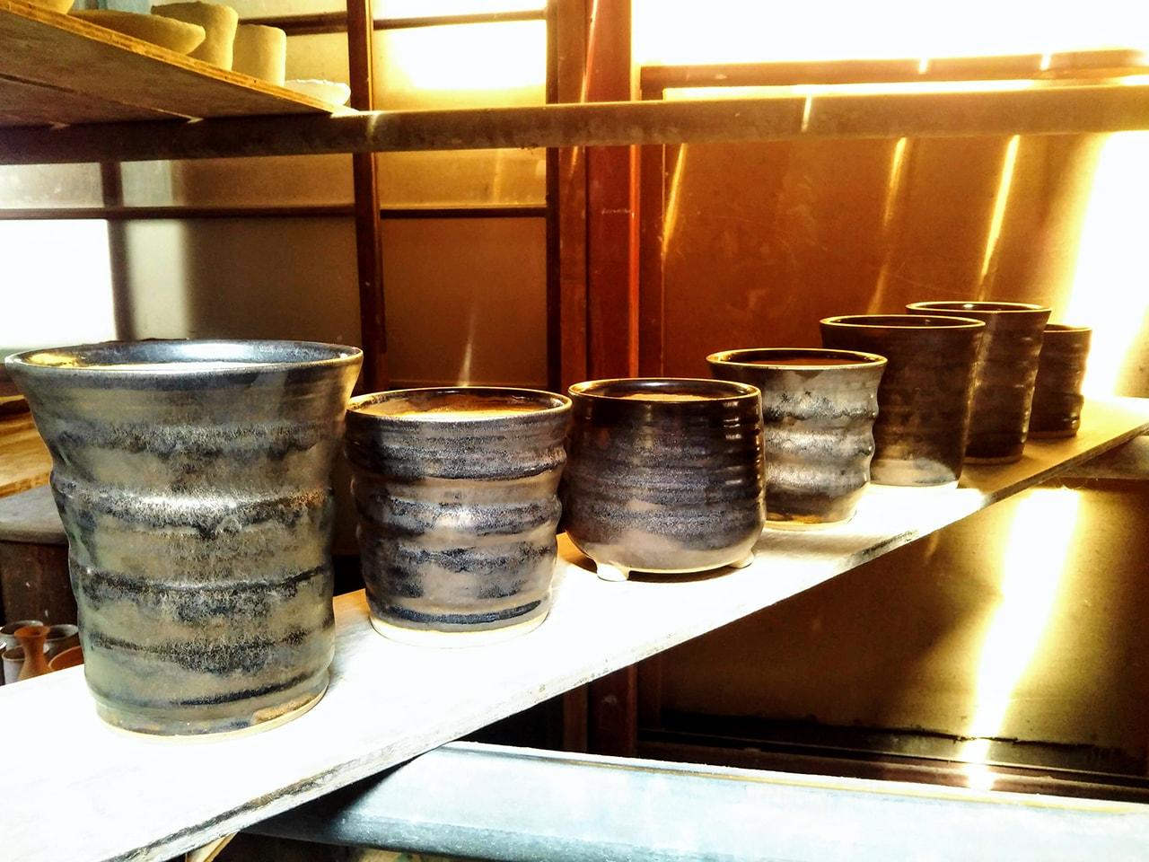 ブロンズ釉の植木鉢